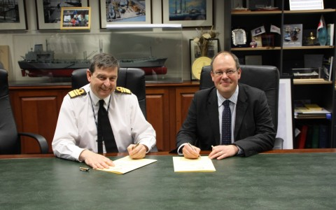 Vice Admiral Jonathon Woodcock signs Corporate Covenant with the Managing Director of Cammell Lairds Mr Linton Roberts